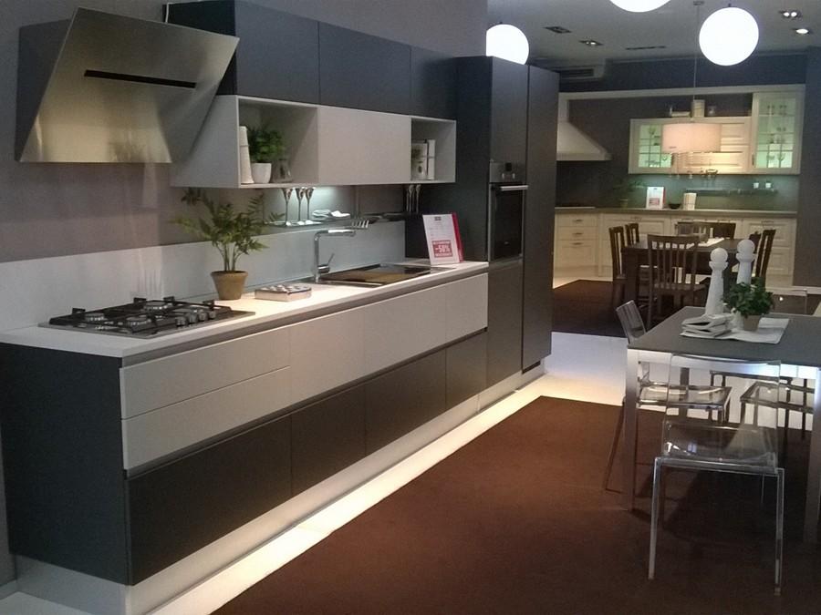 sedie scavolini outlet : Cucina Evolution in Laccato opaco Outlet Ufficiale Scavolini