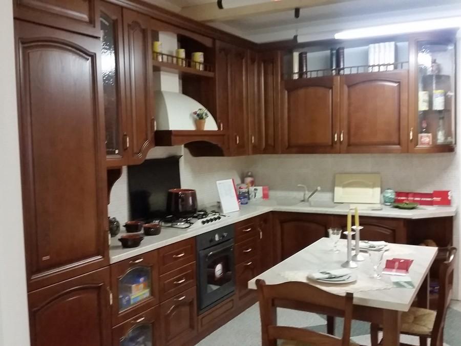 Cucina Scavolini In Ciliegio : Cucine scavolini classiche fascino senza tempo cucine classiche