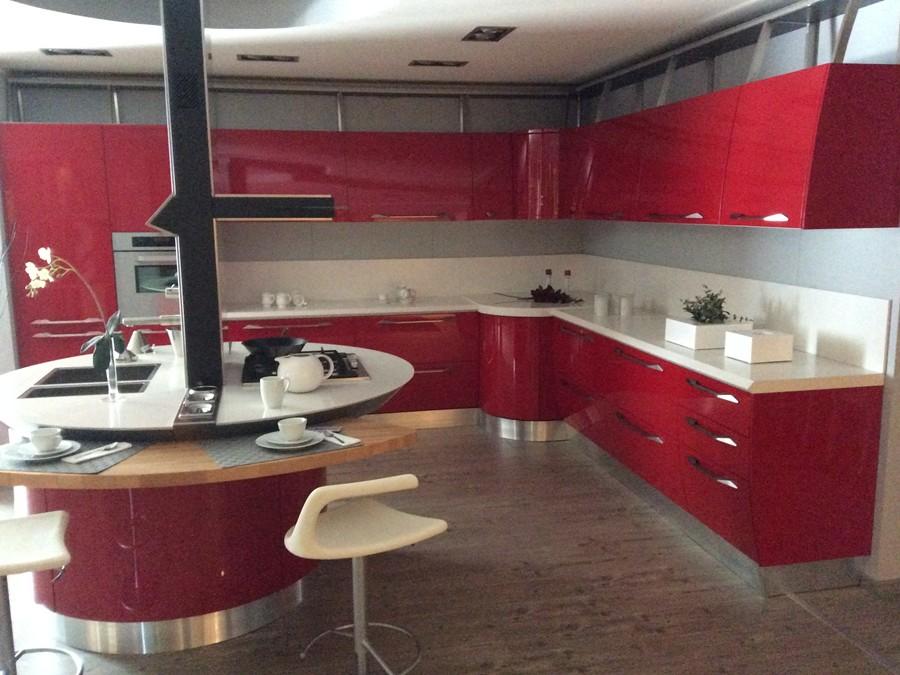 Cucina Flux in Laccato lucido Rosso | Outlet Ufficiale Scavolini