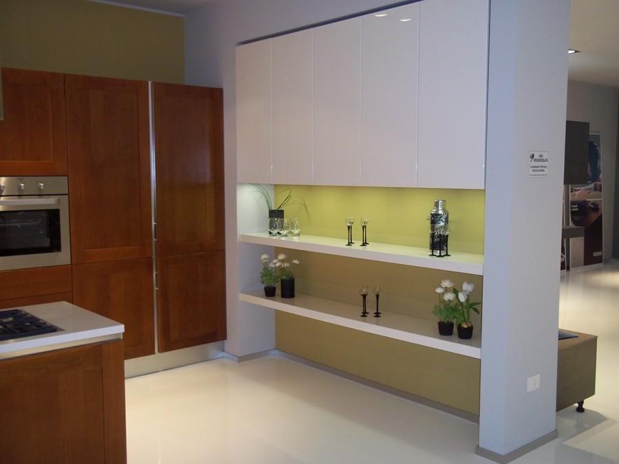 Cucina carol in laccato lucido legno bianco ciliegio - Cucina scavolini carol ...