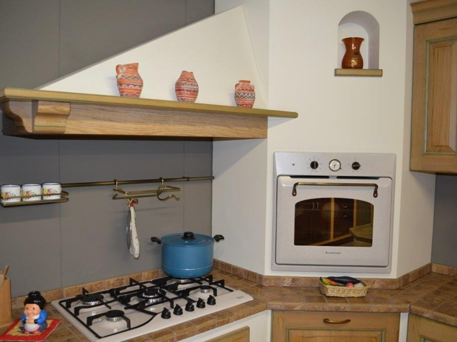 Cucina belvedere in rovere rovere outlet ufficiale scavolini - Barra portautensili cucina scavolini ...