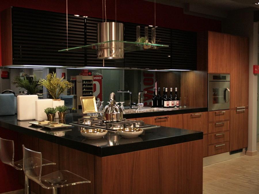 Cucina Reflex in Impiallacciato, Laccato lucido Nero, Noce  Outlet Ufficiale...