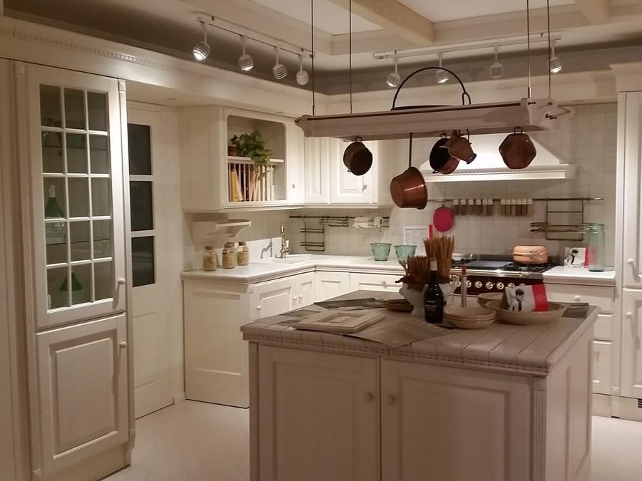 Cucina baltimora in legno panna outlet ufficiale scavolini - Cucina baltimora scavolini prezzo ...